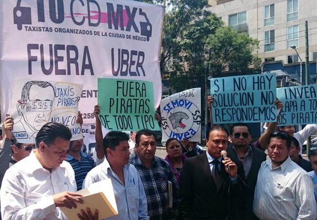 Guerra en CDMX entre taxis y plataformas